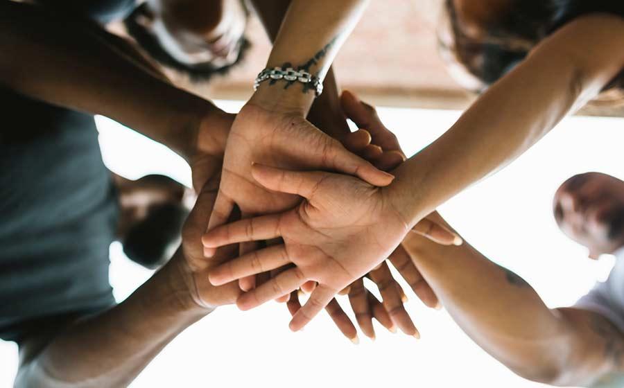 ajudar os outros